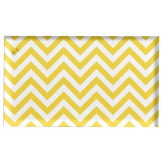 Gelber und weißer Zickzack Stripes Zickzack Muster Tischkartenhalter