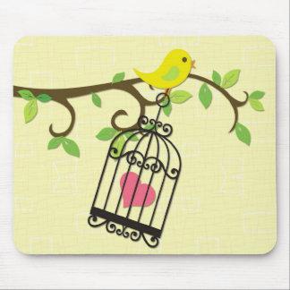 Gelber Vogel Birdcage Mauspad
