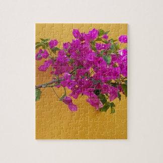 Gelber Wand-Rosa-Blumen-Bogen-Sonnenschein Puzzle