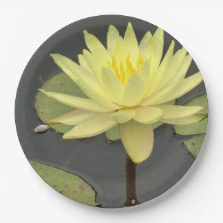 Gelber Wasserlilie-Papier-Teller Pappteller