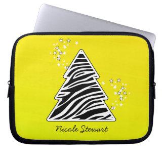 Gelber Zebra-Weihnachtsbaum Laptop Sleeve