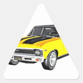 Gelbes Auto des Muskel-1968 Dreieckiger Aufkleber