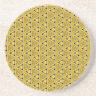 Gelbes dreieckiges Muster Sandstein Untersetzer