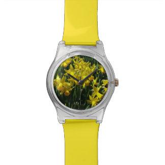 Gelbes heitre Frühlings-Blumen der Narzissen-I Uhr