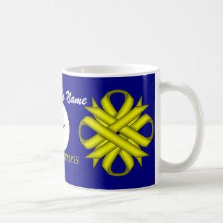 Gelbes Klee-Band Tmpl durch Kenneth Yoncich Kaffeetasse