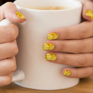 Gelbes Minx Nagelkunst