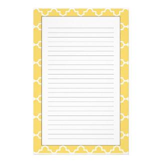 Gelbes Quatrefoil Muster Individuelle Büropapiere
