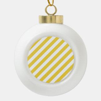 Gelbes und weißes diagonales Streifen-Muster Keramik Kugel-Ornament