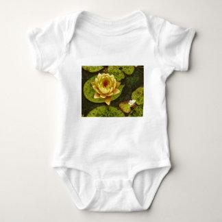 Gelbes Wasser-Lilie Shirt