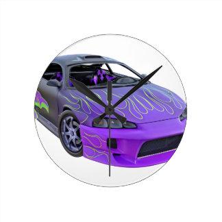 Geldstrafe abgestimmtes lila laufendes Auto Runde Wanduhr