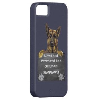 Geliebt und durch einen Schäferhund geschützt iPhone 5 Hülle