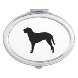 Gelockte überzogene RetrieverjagdhundSilhouette Taschenspiegel