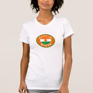 gemacht im Niger-Landesflaggeproduktaufkleber rund T-Shirt