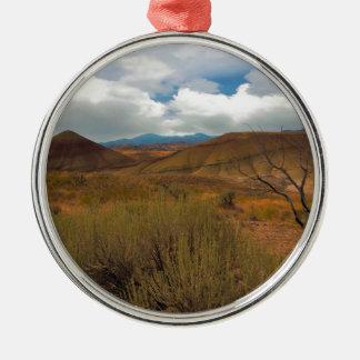 Gemalte Hügel-Landschaft in Mitteloregon Silbernes Ornament