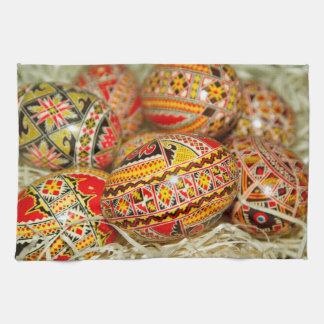 Gemalte Rumäne-Ostereier Küchentuch