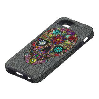 Gemalter Schädel mit Blumen auf Fake Hai-Leder iPhone 5 Etui