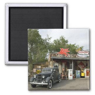 Gemischtwarenladen des Weg-66 u. Tankstelle Quadratischer Magnet