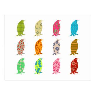 Gemusterte Penguins Postkarte