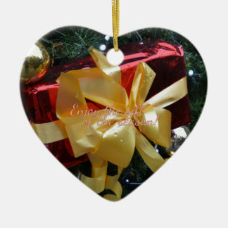 Genießen Sie das Geschenk der Jahreszeit! Keramik Herz-Ornament