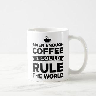 Genügendem Kaffee könnte mich gegeben die Kaffeetasse