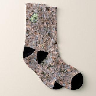 Geologie-Felsen-Beschaffenheit mit grünem Moos Socken