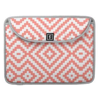 Geometrische Koralle MacBook Pro Sleeve