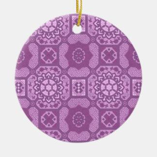 Geometrisches Blumen im Himbeerrosa Keramik Ornament