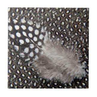 Gepunktete Guineageflügelfeder Keramikfliese