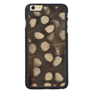 Gepunktete Mearns Wachtel-Federn Carved® Maple iPhone 6 Plus Hülle