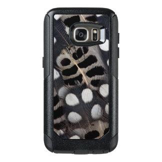 Gepunktete Schwarzweiss-Federn OtterBox Samsung Galaxy S7 Hülle