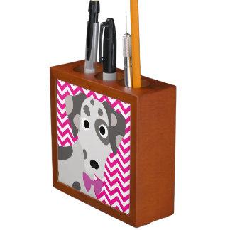 Gepunkteter Hundeheißes Rosa-und weißesZickzack Stifthalter