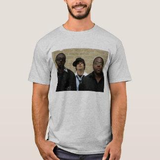 gerade 1 weiteres Shirt