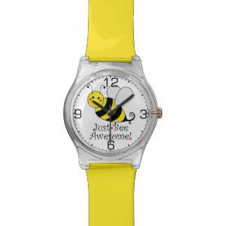 Gerade Bienen-fantastische niedliche Hummel-Biene Uhr