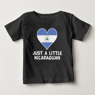 Gerade ein kleiner Nicaraguaner Baby T-shirt