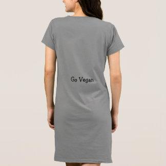 Gerade ein Schwein, veganes Kleid