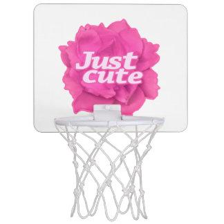 Gerade niedlicher Text über rosa Rose Mini Basketball Ring