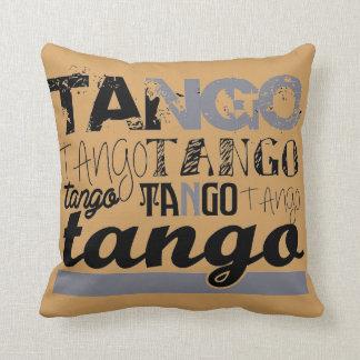 Gerade Tango Kissen