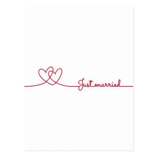 Gerade verheiratet, darwing Linie mit zwei rote Postkarte