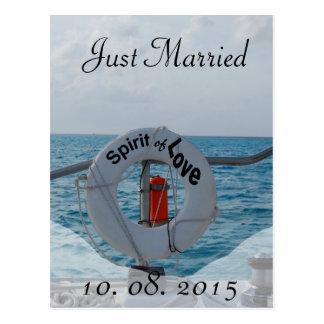 Gerade verheiratete Boots-Hochzeits-Mitteilung Postkarte