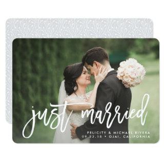 Gerade verheiratete   Bürsten-mit Buchstaben 12,7 X 17,8 Cm Einladungskarte