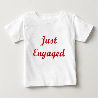 Gerade verlobt baby t-shirt