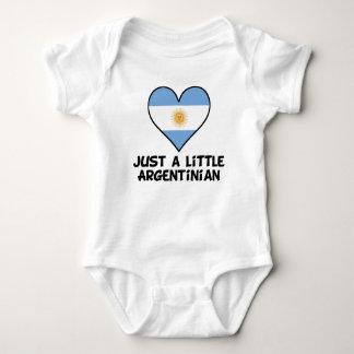 Gerade wenig argentinisch baby strampler