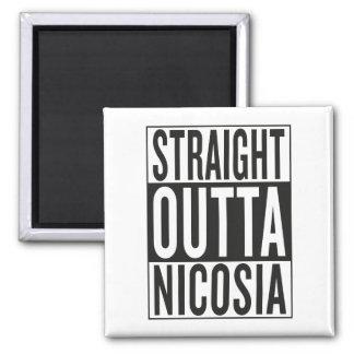 gerades outta Nikosia Quadratischer Magnet