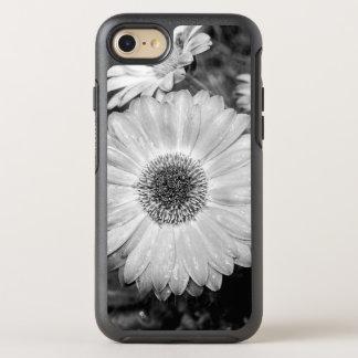 Gerbera-Gänseblümchen-schwarze u. weiße Fotografie OtterBox Symmetry iPhone 8/7 Hülle