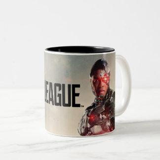 Gerechtigkeits-Liga| Cyborg auf Schlachtfeld Zweifarbige Tasse