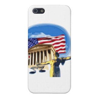 Gerechtigkeits-Statue vor amerikanischer Flagge iPhone 5 Etuis
