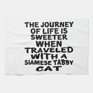 Gereist mit siamesischer Tabby Katze Küchentuch