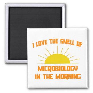 Geruch von Mikrobiologie morgens Quadratischer Magnet