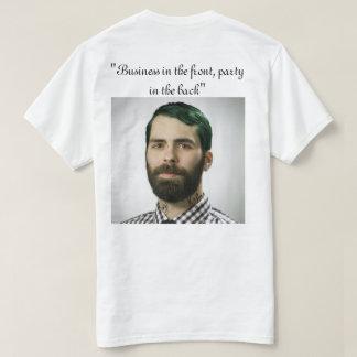 Geschäft im Thfronten-Party in der Rückseite T-Shirt