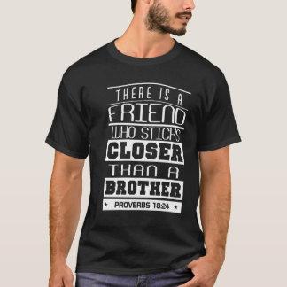 Geschenke für nahe Freunde T-Shirt